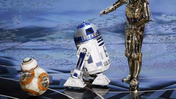 Bikin Gemes! BB-8 Stars Wars Tampil di Panggung Oscar 2016.