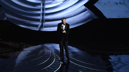 Penampilan memukau Sam Smith di Oscar 2016