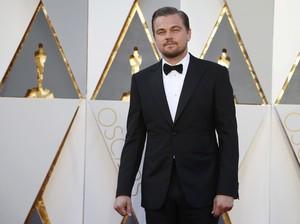 Giorgio Armani Terharu Karyanya Dipakai Leonardo DiCaprio Saat Raih Oscar