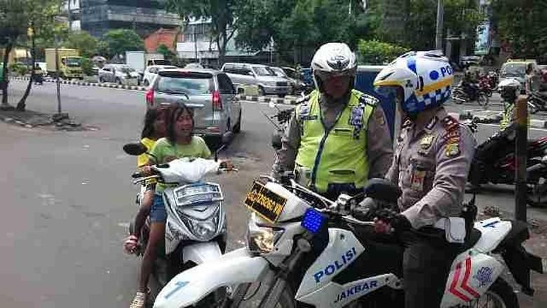 Ilustrasi anak di bawah umur kendarai motor. Foto: istimewa