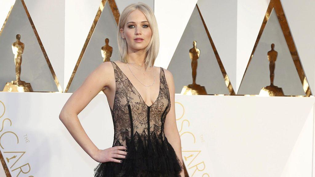 Ketika Jennifer Lawrence Bicara Penuaan dan Bentuk Tubuh Normal
