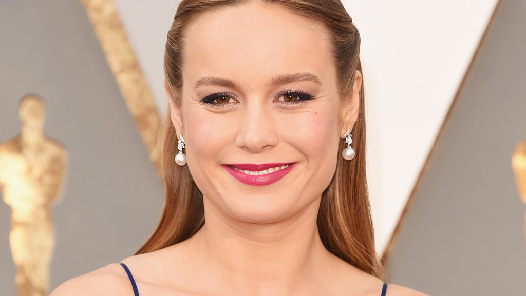 Cara Brie Larson Rayakan Kemenangan di Oscar: Tidur