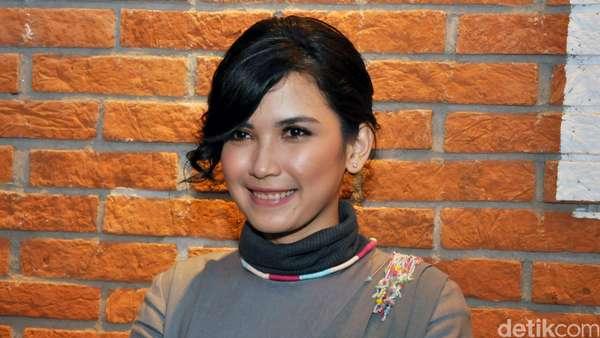 Dinda Kanya Dewi Terjun Jadi Produser