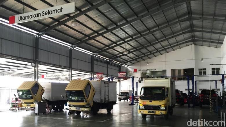 Foto: Krama Yudha Tiga Berlian Motors