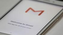 Gmail di iOS Pilih Email Penting Pakai AI