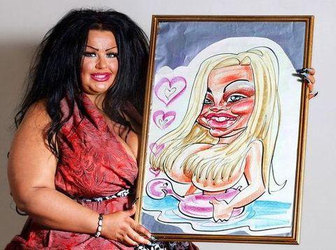 Krystina, wanita yang kecanduan operasi plastik.