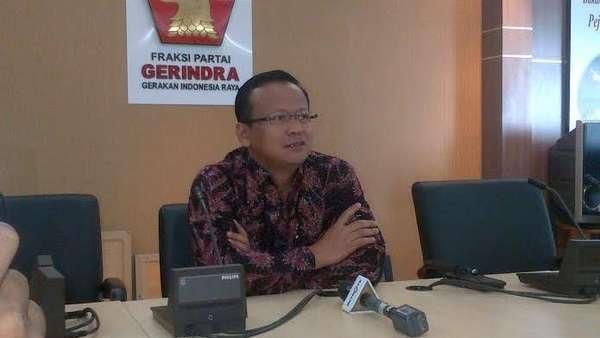 Komisi IV DPR: Usut dan Hukum Pembakar Hutan yang Tewaskan 3 Orangutan!