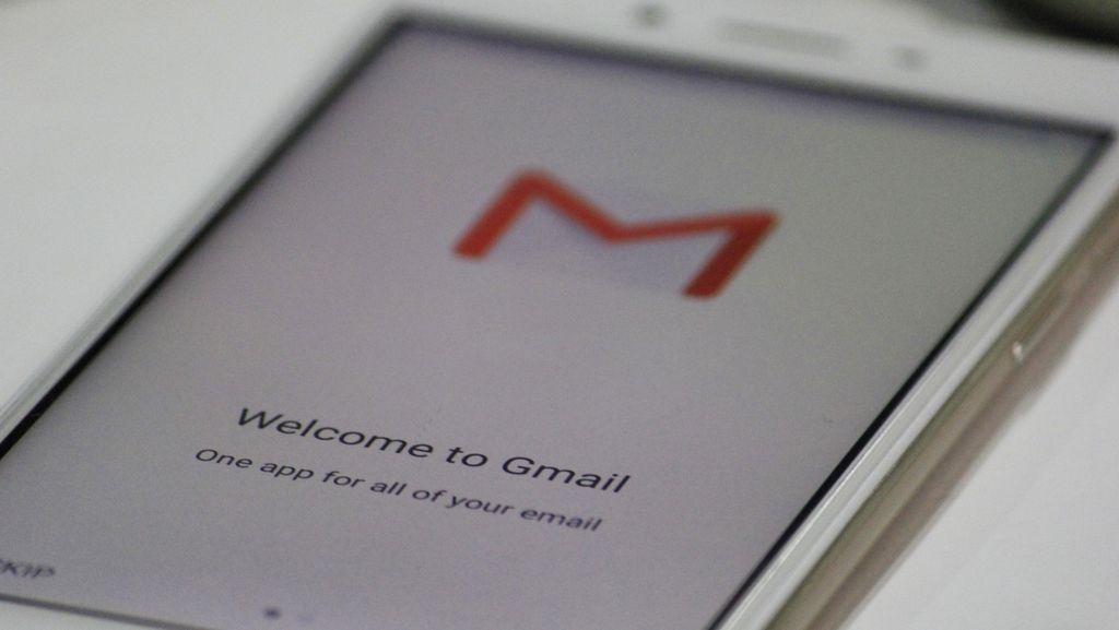 Google Tambahkan Kemampuan Koreksi Bahasa ke Gmail