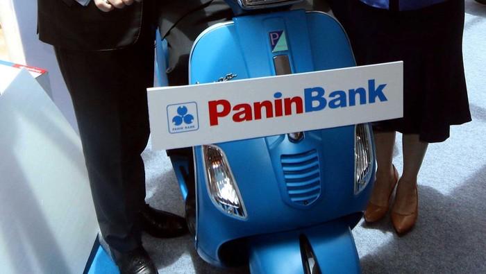 Panin Bank kembali meluncurkan Tabungan Super Bonanza. Kali ini untuk Super Bonanza 2016 Panin Bank berhadiah 40 Mobil MINI, 765 Vespa dan Grand Prize Rp 8 miliar.