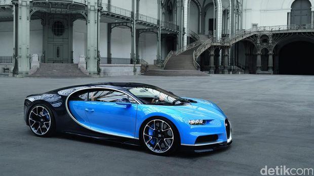 Bugatti Chiron versi asli