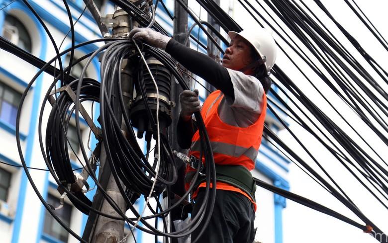 Tak Lama Lagi Kota Bandung Bebas dari Seliweran Kabel Udara