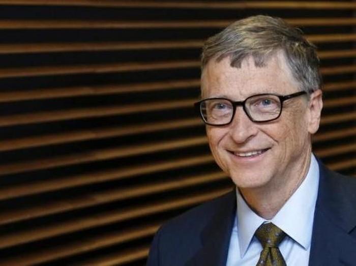 Bill Gates masuk terkaya dunia