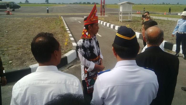 Jokowi Ajak Makan Siang Para Sahabat Lamanya Saat Bekerja di Aceh