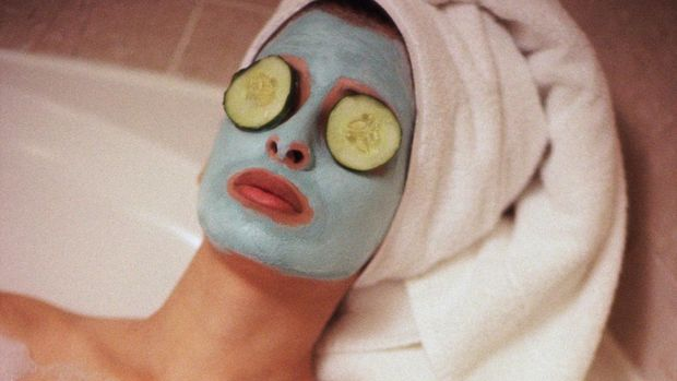 Ilustrasi masker wajah.