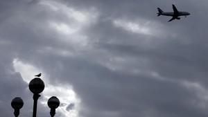 Pesawat Militer Aljazair Jatuh, Lebih dari 100 Orang Diyakini Tewas