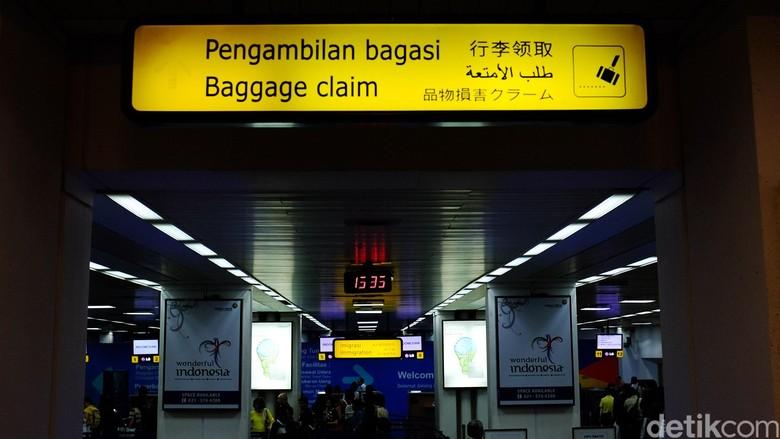 Ilustrasi bagasi di bandara (Ari Saputra)