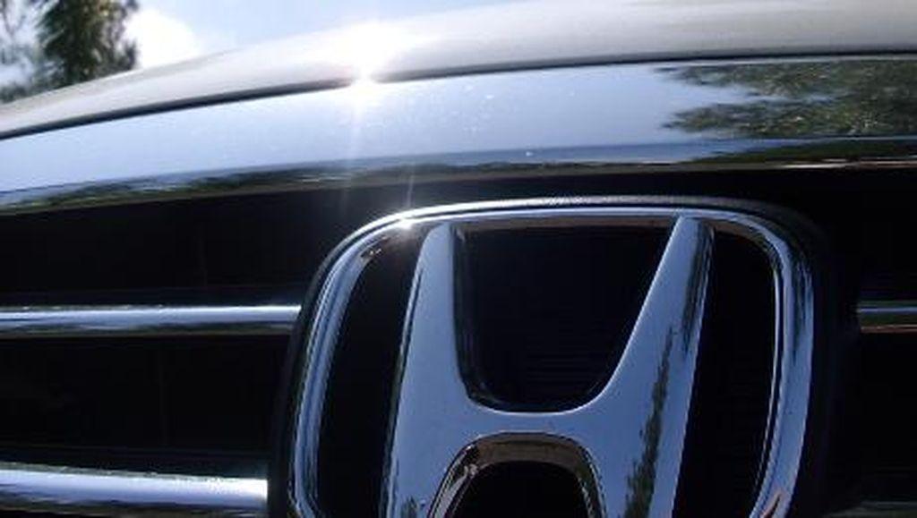 Honda Belum Ikuti Jejak Wuling, Kasih Mobil Gratis ke Lindswell