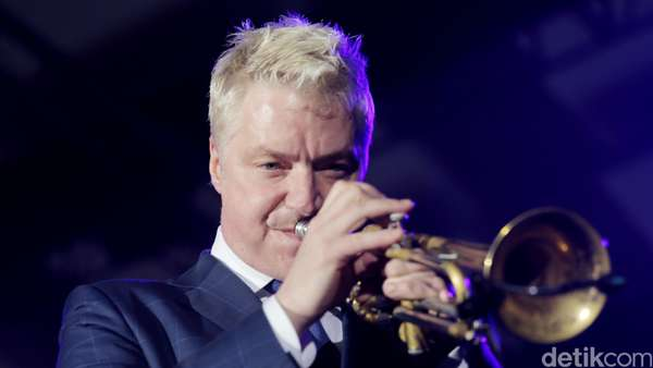 Kolaborasi Epik dari Sting dan Chris Botti di Java Jazz 2016