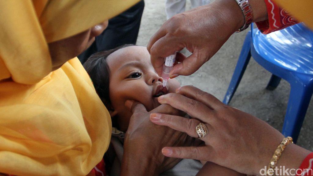 Cakupan Imunisasi Rendah, 5 Daerah Ini Rentan Terjangkit Polio dari Filipina