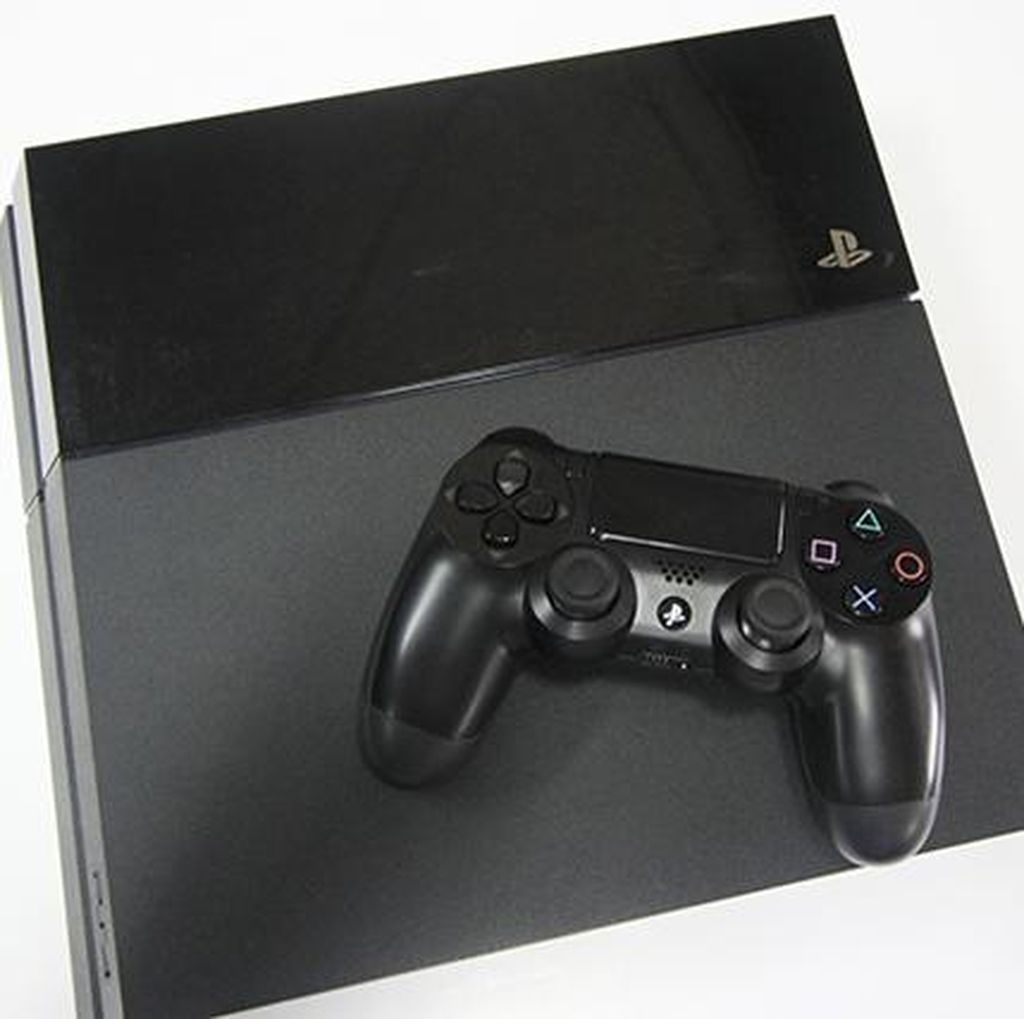 PlayStation 4 Laku 100 Juta Unit, Hanya Kalah dari Konsol Ini