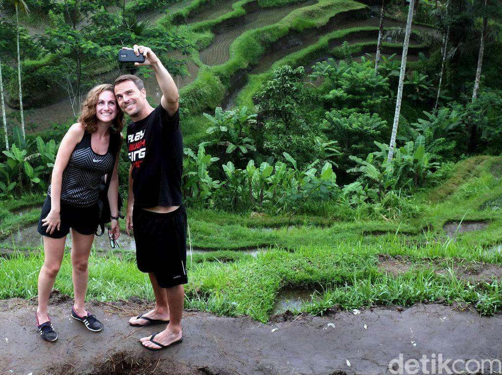 Bali Buka Buat Turis Asing