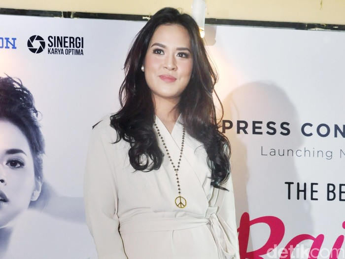 Raisa saat merilis album The Best of Raisa