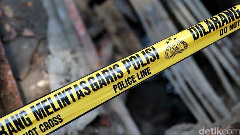 Ledakan di Ruko Kebayoran Baru, Polisi Sisir Lokasi