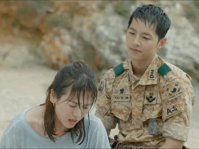 Descendants of The Sun, dibintangi Song Joong Ki dan Song Hye Kyo. Foto: KBS 2TV.