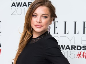 Perkara Sepatu, Lindsay Lohan Ancam Pecat Karyawan