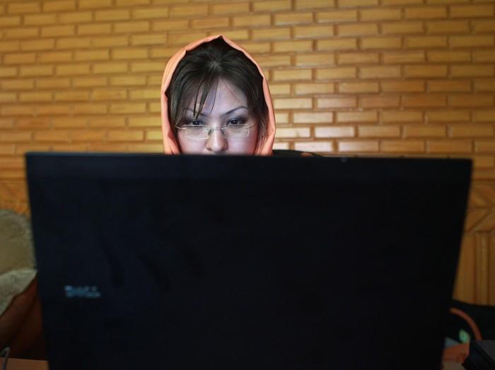 Cara Meredupkan Layar Laptop Windows dengan Mudah Foto: GettyImages