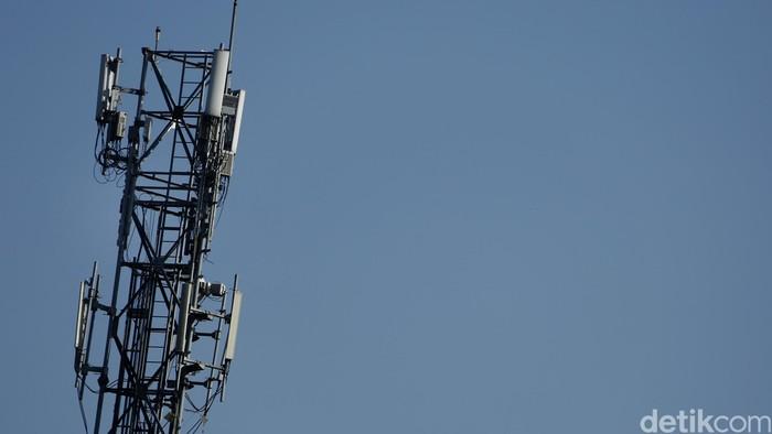 Menara BTS dan Antena TV.  dikhy sasra/ilustrasi/detikfoto