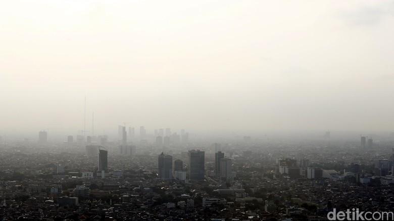 Lebih Tinggi dari Singapura-Bangkok, Begini Polusi Udara di DKI Pagi Tadi