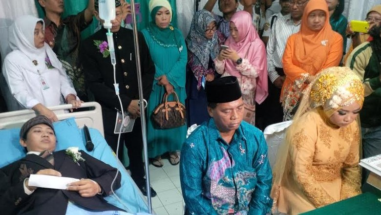Sepasang Kekasih Asal Yogyakarta Gelar Nikah di Rumah Sakit