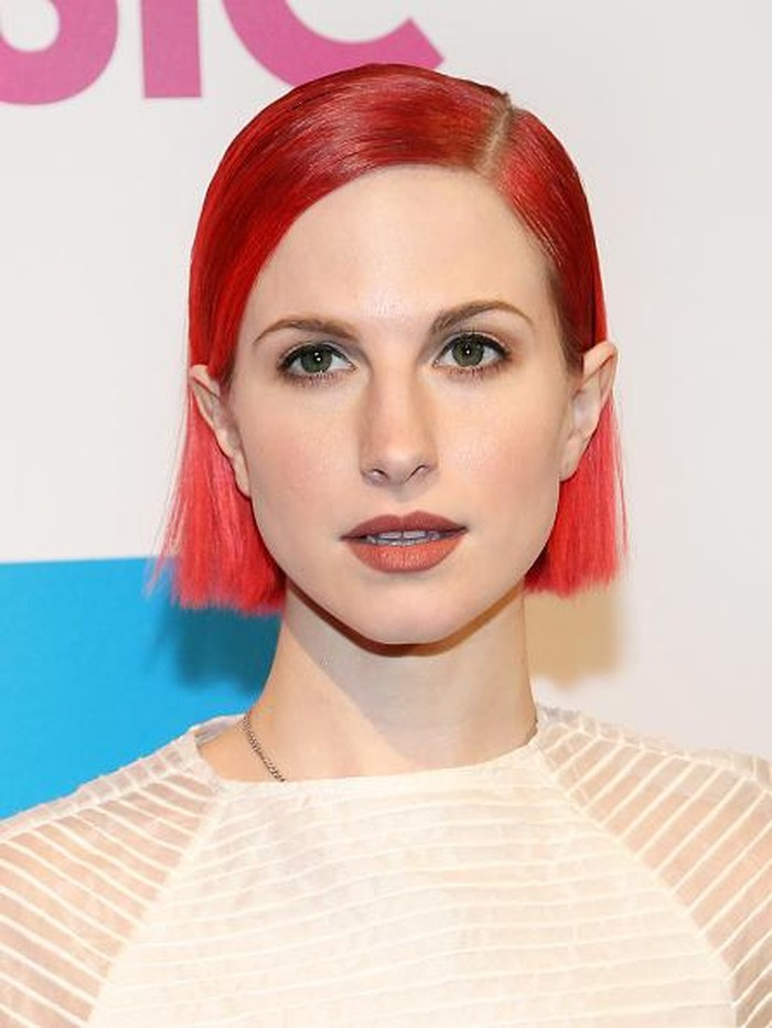 NEW YORK, NY - DECEMBER 12:  Singer Hayley Williams attends the 2014 Billboard Women In Music Luncheon at Cipriani Wall Street on December 12, 2014 in New York City.  (Photo by Monica Schipper/Getty Images)