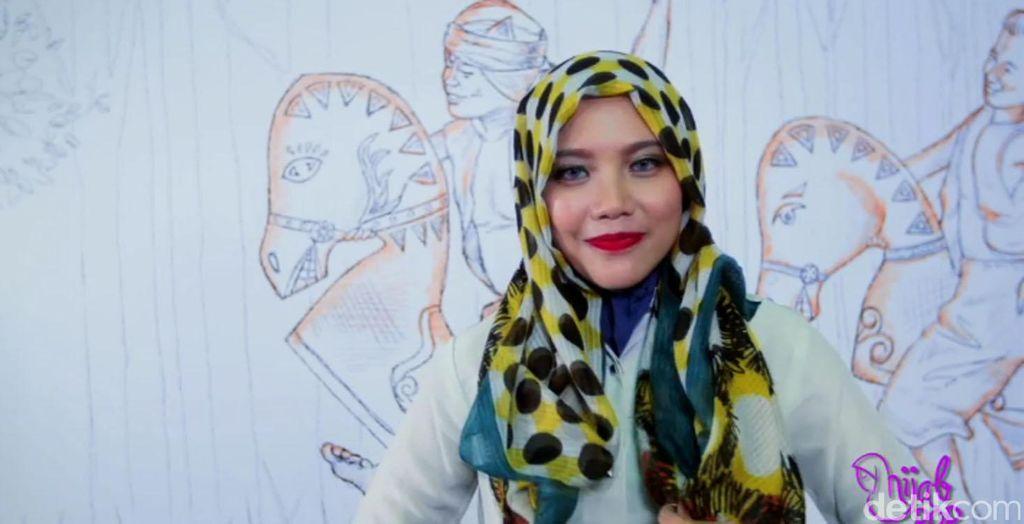 Tutorial Hijab Ikat Praktis Ala Aisyah Haerani, Pemenang