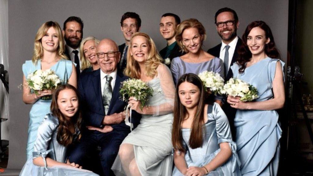 Potret Bahagia Jerry Hall Pasca Dinikahi Miliuner Rupert Murdoch