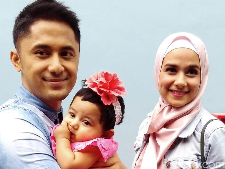 Hengky Kurniawan Sudah Maksimal, Sonya Fatmala Doa Bisa Menang Pilbup