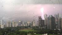 Jakbar-Jaksel-Jaktim Diprediksi Hujan Disertai Petir pada Siang Hari