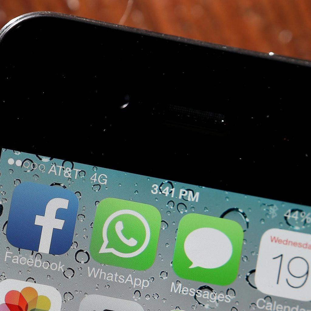 Menkominfo Pastikan Pembatasan Layanan WhatsApp cs