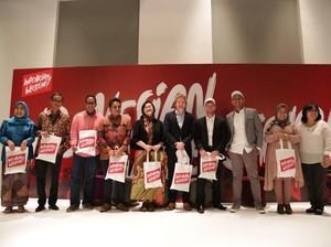 Lenny Agustin Hingga Deden Siswanto Siap Tampilkan Koleksi Batik di London