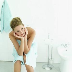 Ups, 33% Wanita Tak Tahu Cara Membasuh Miss V yang Benar setelah Buang Air