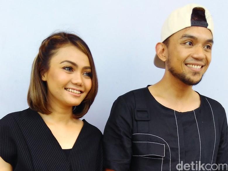 Foto: Rina Nose dan Fakhrul Razi (Desi Puspasari/detikHOT)