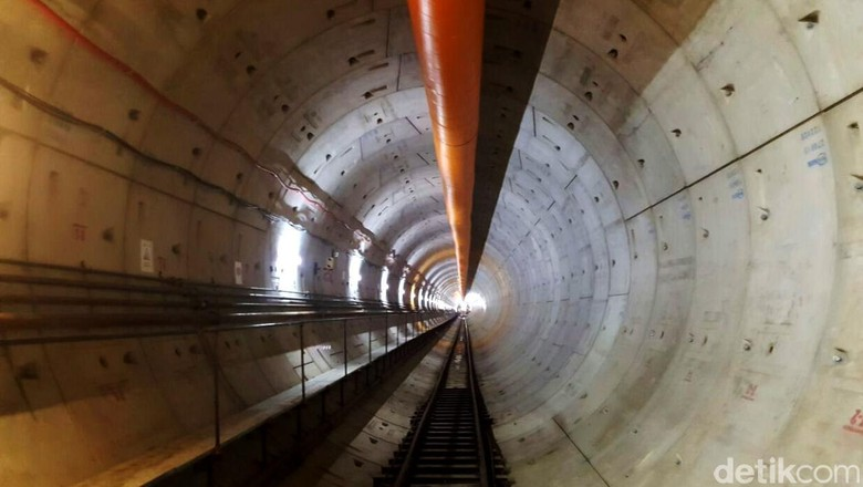 Penampakan Terkini Terowongan dan Stasiun Bawah Tanah MRT di Senayan