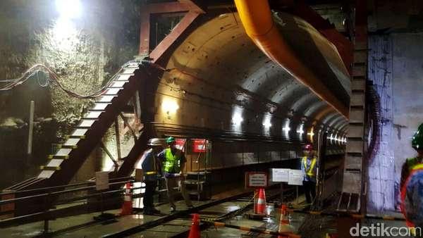Begini Cara Pekerja MRT Berbagi Tugas Lubangi Perut Kota Jakarta