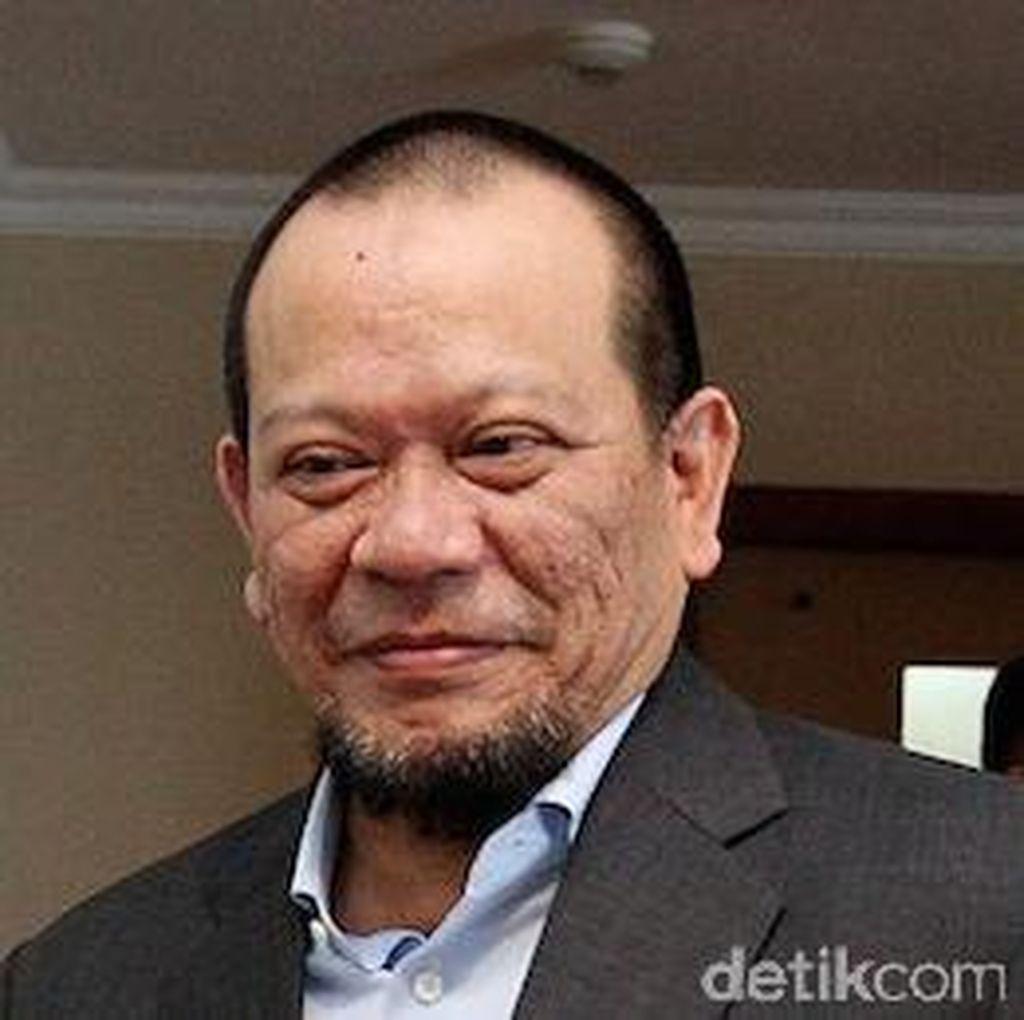 Politik Ngeri: La Nyalla Potong Leher, Ruhut Potong Kuping