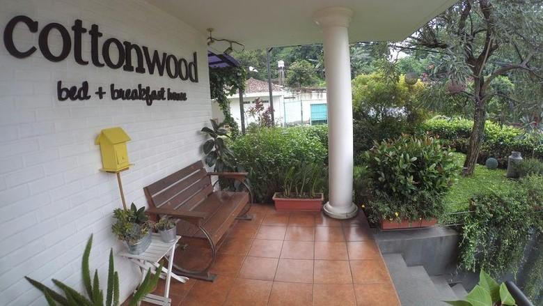 hotel fotogenik Cottonwood di bandung