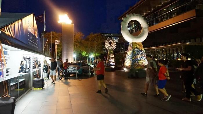 Suasana Southbank di depan kompleks kasino Crown. Foto: Erwin Renaldi