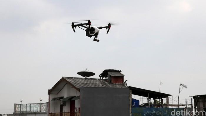 NYPD menggunakan drone untuk memantau pesta Tahun Baru di Times Square. (Foto ilustrasi drone: Ari Saputra)