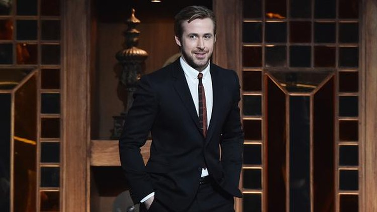 LOS ANGELES, CA - FEBRUARY 06:  Actor Ryan Gosling speaks onstage at the 68th Annual Directors Guild Of America Awards at the Hyatt Regency Century Plaza on February 6, 2016 in Los Angeles, California.  (Photo by Alberto E. Rodriguez/Getty Images for DGA)