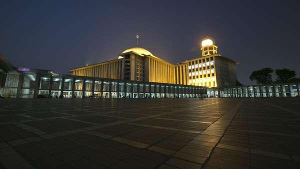 Di Depan Jemaah, Imam Besar Istiqlal Umumkan Renovasi Besar-besaran Masjid